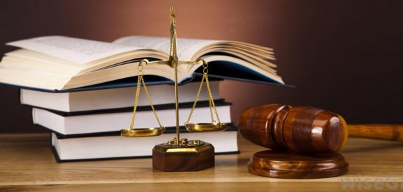Top 8 Amazing Reasons to Opt for Law as a Career